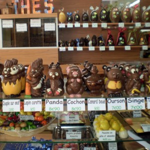 http://www.delices-de-marseille.com/163-202-thickbox/moulages-en-chocolat-non-garnis.jpg